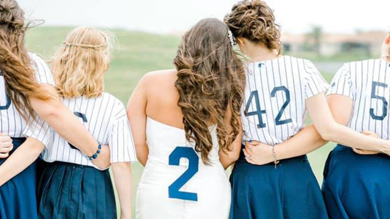 baseball-wedding14.png