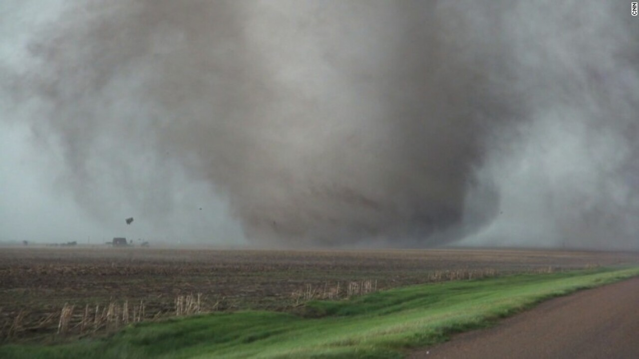 Tornadoes rough up Kansas