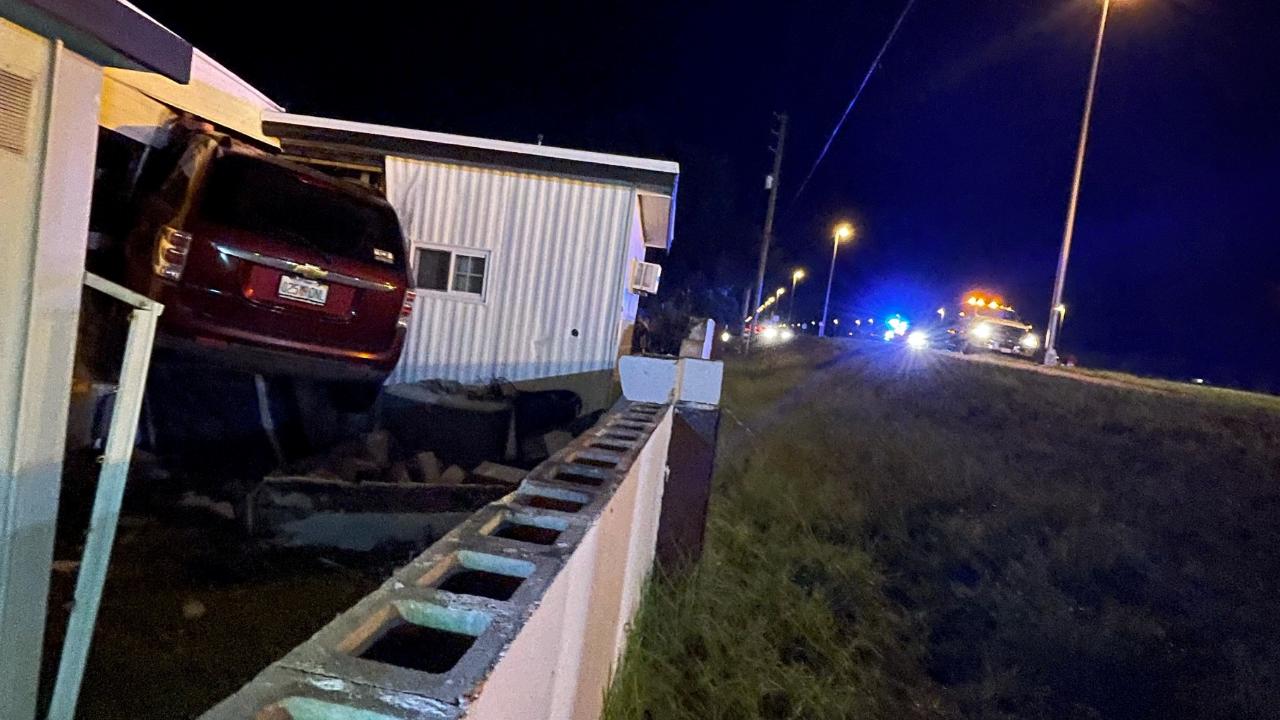 SUV trailer crash Riverview FHP3.png