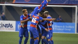 FC Cincinnati beats Nashville SC in playoffs opener