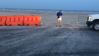 Nueces Co. beaches closed to vehicle traffic for holiday weekend
