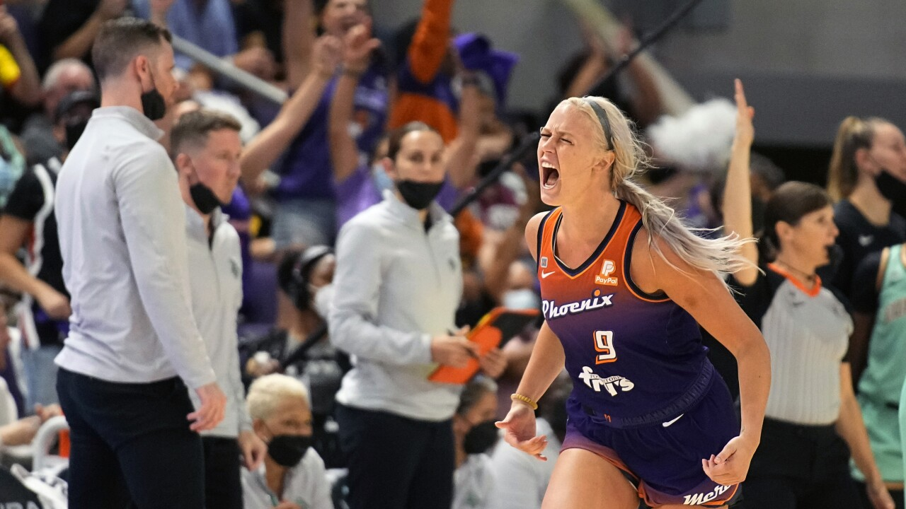 Brianna Turner made the winning free throw with less than a second to play, giving the Phoenix Mercury an 83-82 win over the New York Liberty in a first-round WNBA playoff game. AP photo.