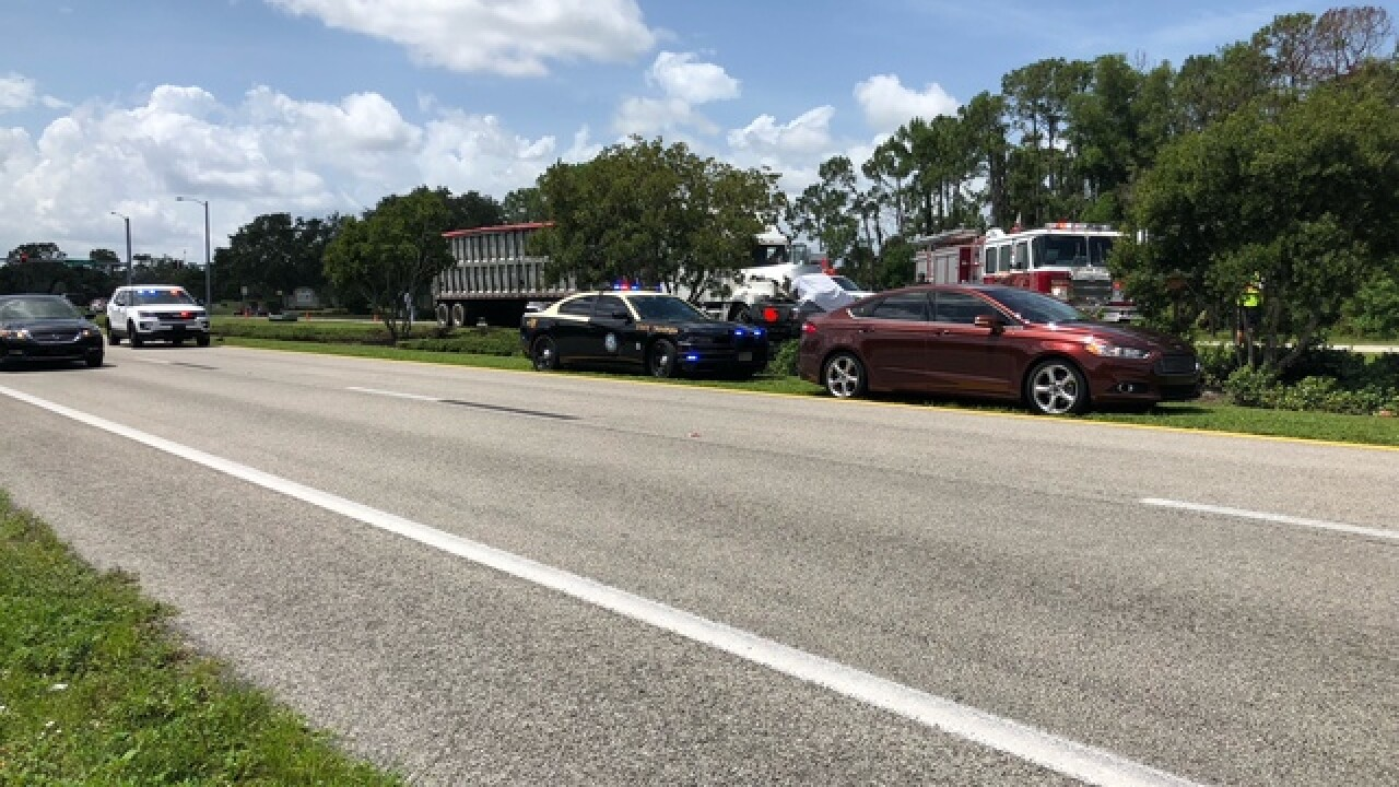 Driver killed when truck runs red light on U S  41 in North Fort Myers