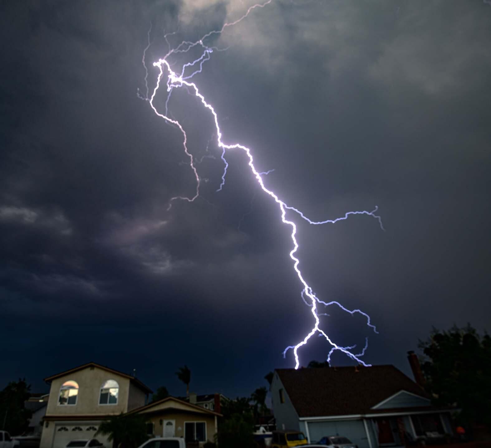lightning_santee_3.jpeg