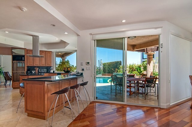 La Jolla home has entertaining, recreation