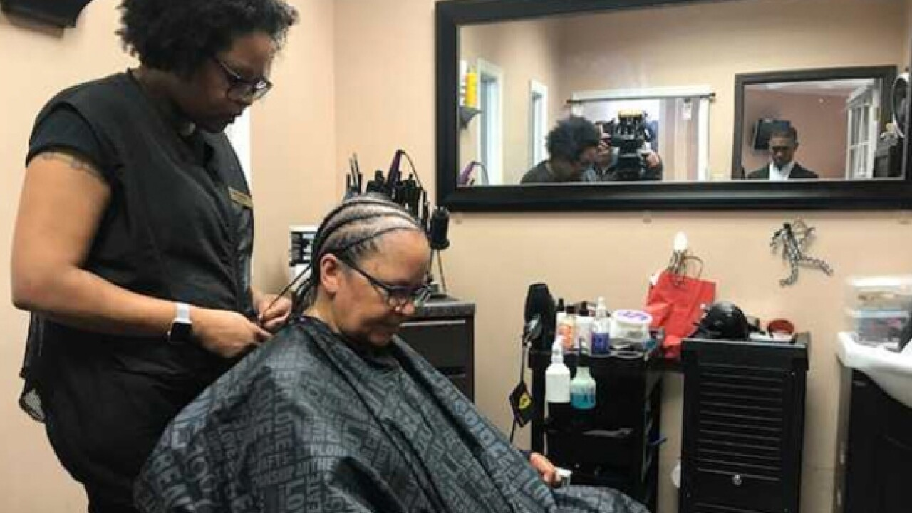 Tn Bill Looks To Deregulate Natural Hairstyling Industry