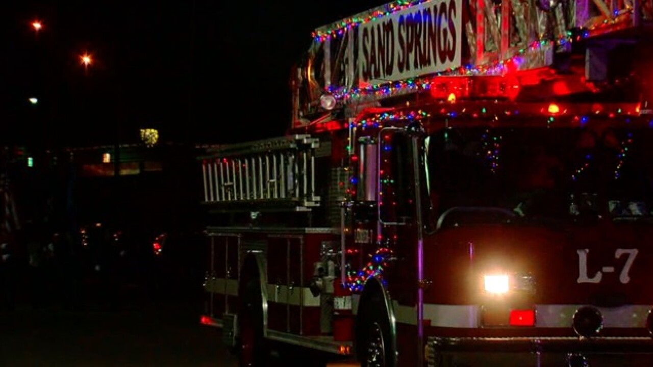 Sand Springs Christmas Parade 2020 Severe weather threat postpones Sand Springs Christmas parade