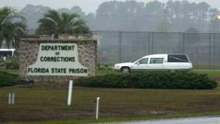 Hearse arrives at Florida State Prison in 2002