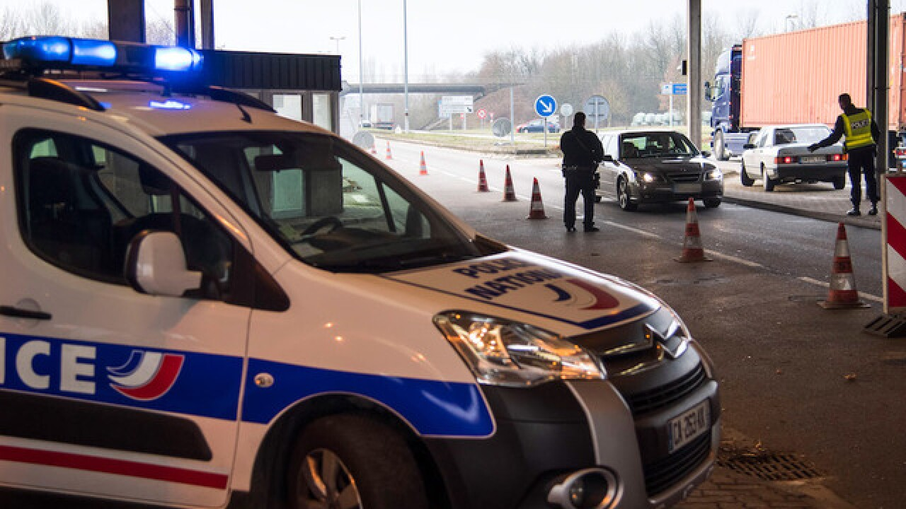 Anti-terror police join manhunt for Strasbourg gunman