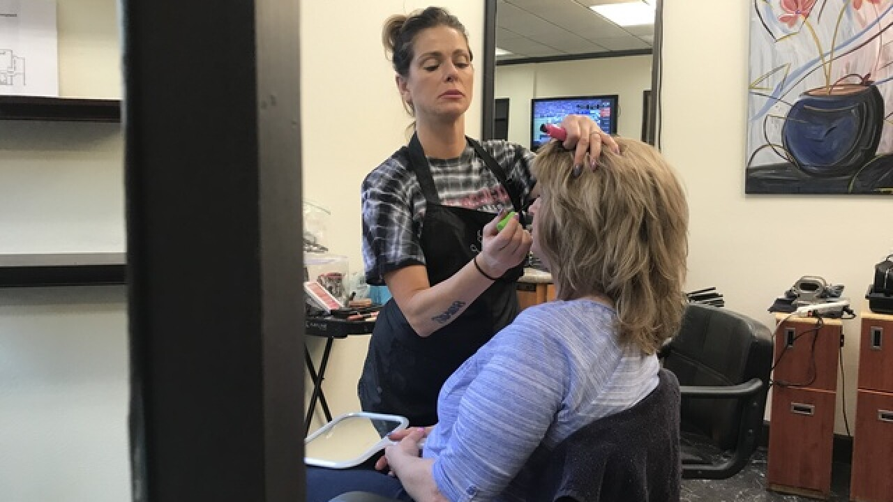 Salon helps recovering addicts look, feel better