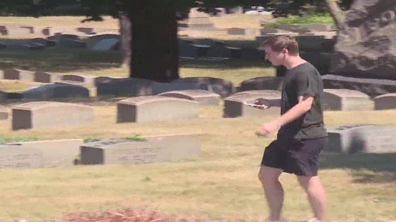 Hundreds flock to cemetery to play PokemanGo