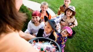 5 Ways to Stay Safe on Halloween