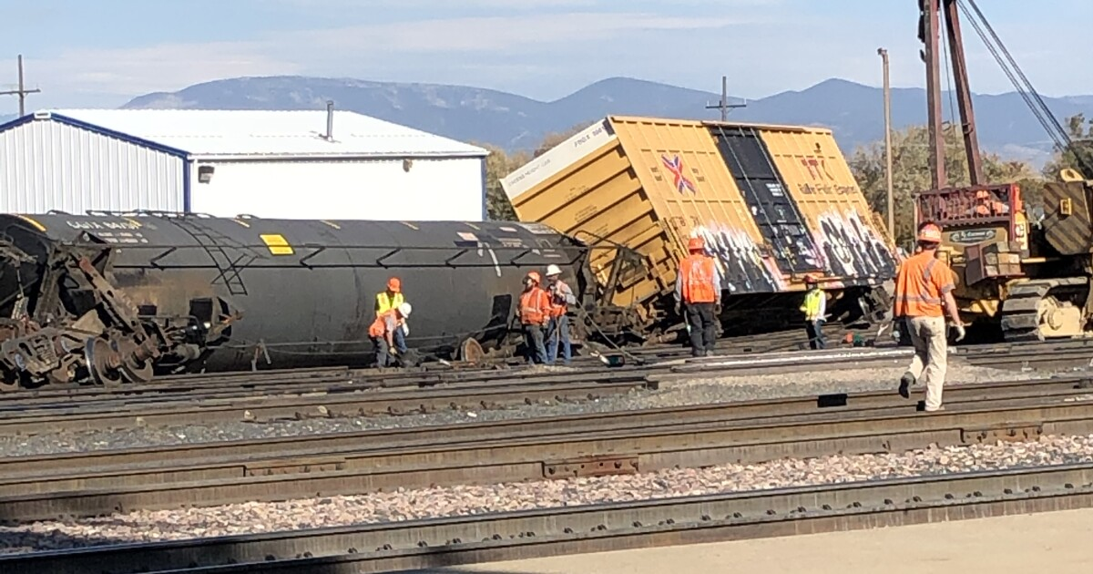 Voluntary evacuation notice issued near train derailment