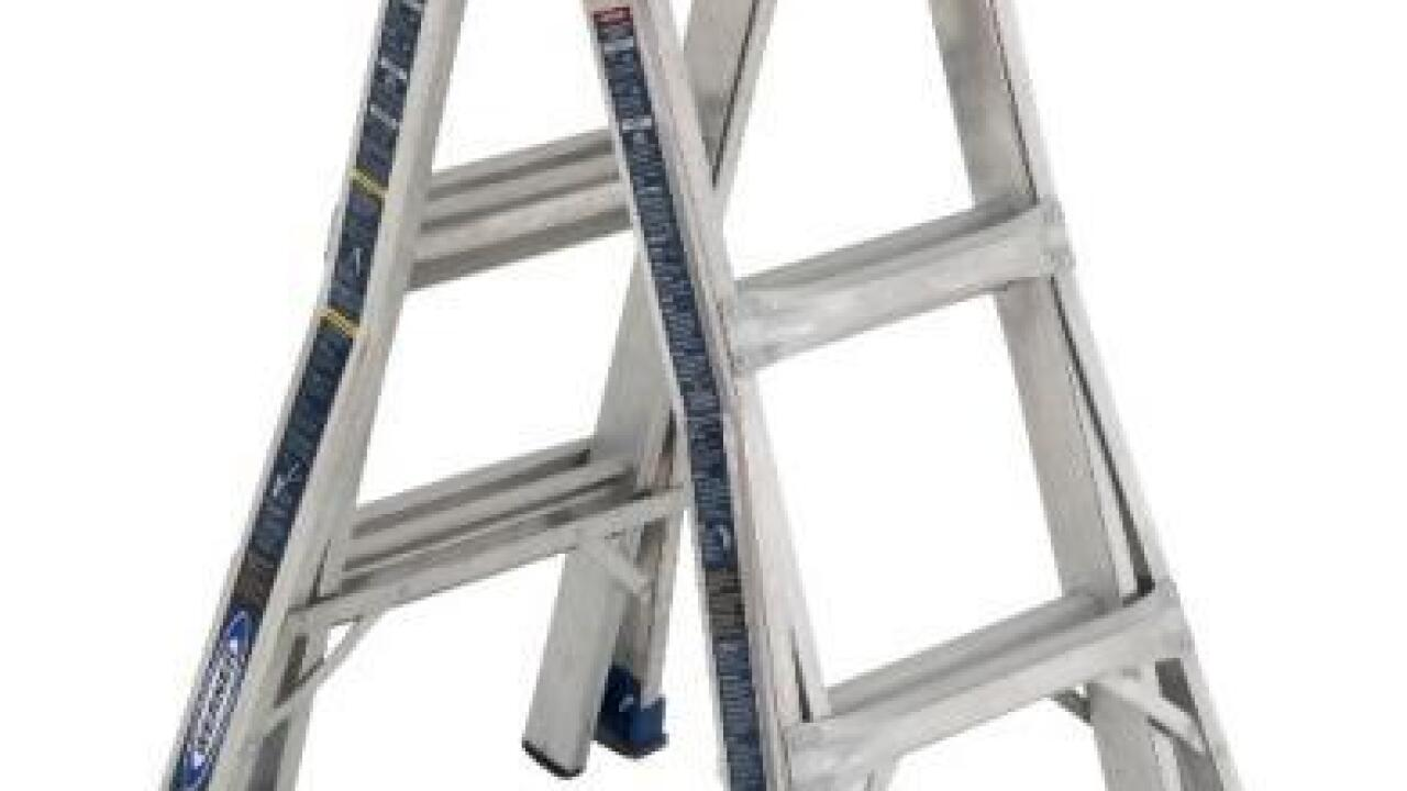 Ladders sold at Lowe's and Home Depot recalled