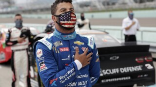 Trump lashes out at NASCAR, Bubba Wallace over flag, rope