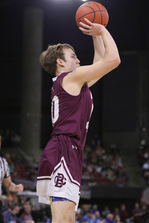 Braden Harrington shoots a three pointer.jpg