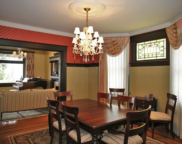 Home Tour: This 1901 Oakley four-square forms lasting bonds