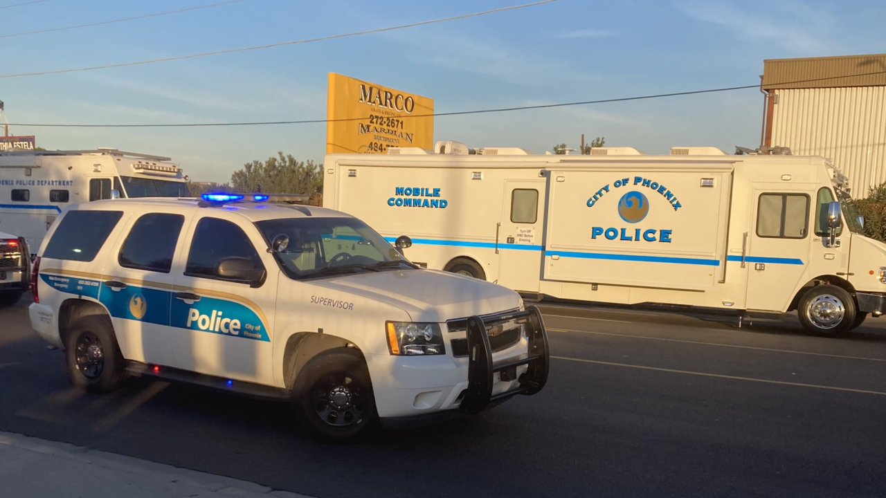 Police shooting near 35th Avenue and Van Buren