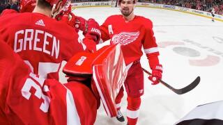 Larkin, Bernier lead Red Wings to shootout win over Senators