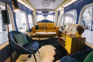 Interior Gondola 1.jpg