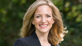 Benson discloses finances, urges lawmakers to requireit