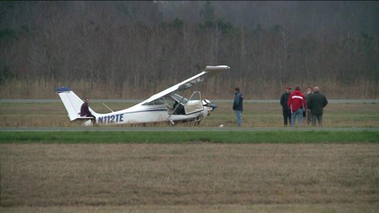 Emergency units respond to plane crash at Hampton Roads ExecutiveAirport