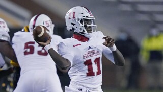 FAU Owls QB Javion Posey throws vs. Southern Mississippi Golden Eagles in 2020
