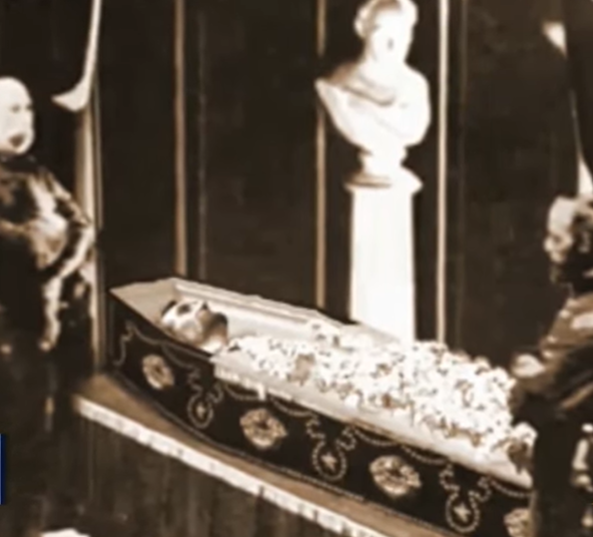 Image of Lincoln Lying in State.png