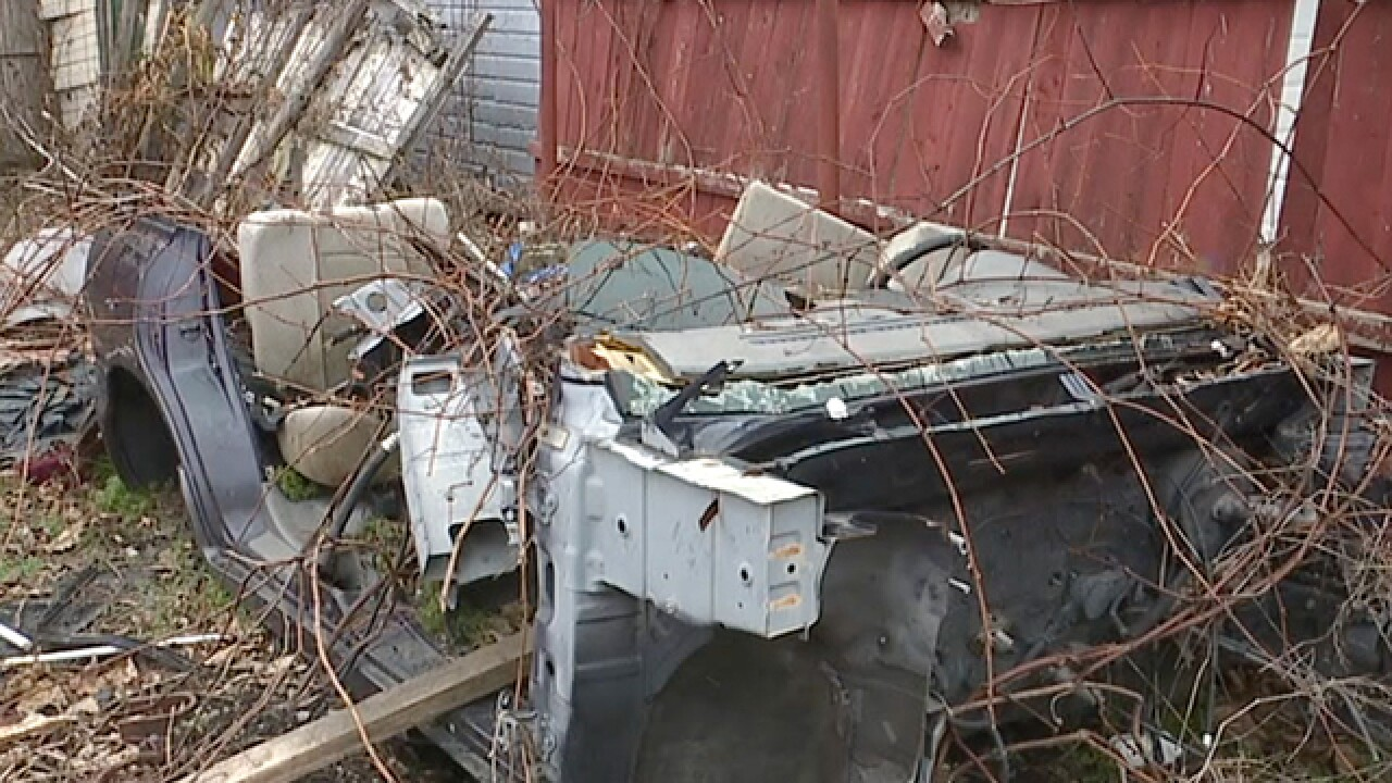 Lorain ordinance cracks down on junk cars