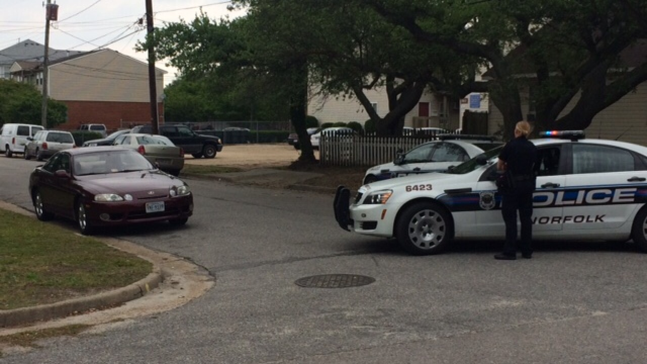 Man in custody after barricade situation in home in Ocean View section of Norfolk