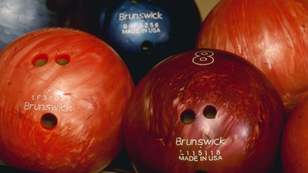 Colorado bowling alley owner dies, got stuck in pinsetter