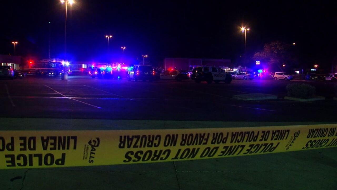 PD: At least five people shot near Dobson and Guadalupe roads in Mesa, suspect still missing
