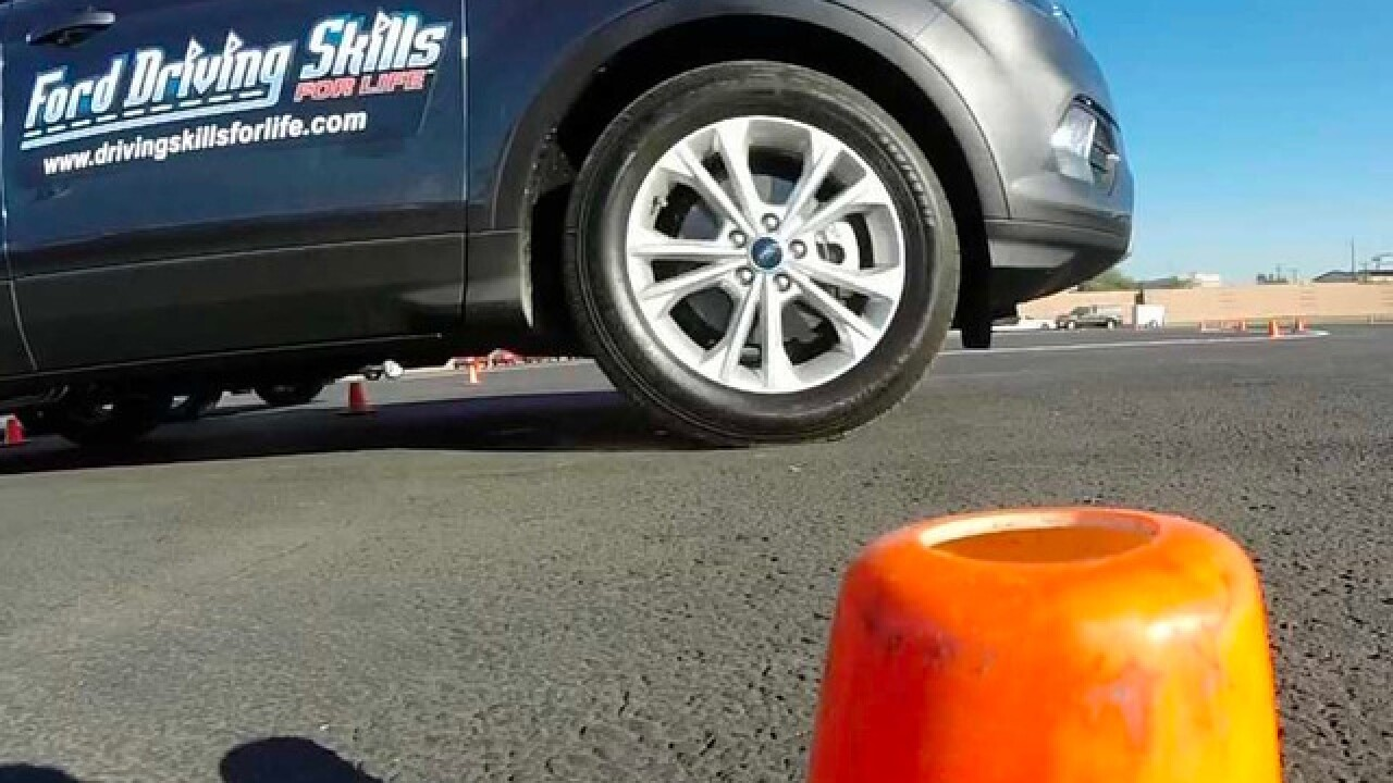 Ford brings teen driving course to the Valley