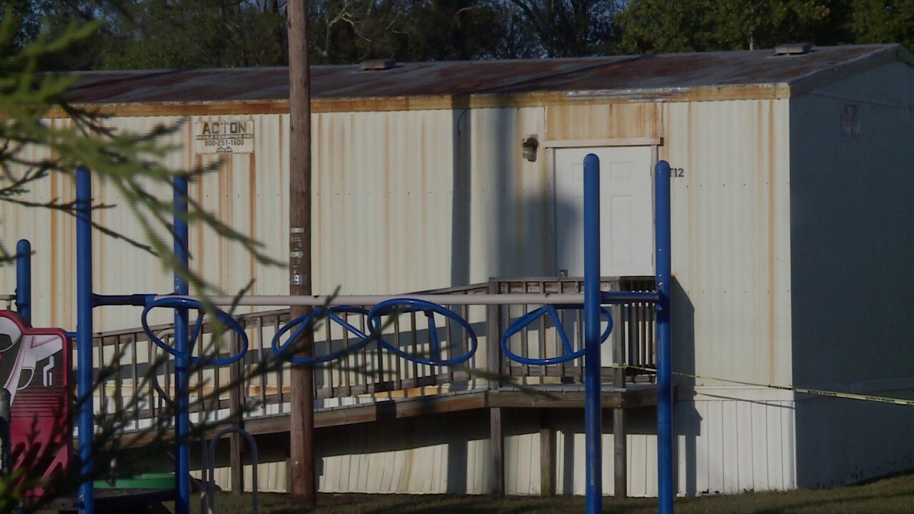 Mold problem at Prince George County elementary school prompts board to purchasetrailers