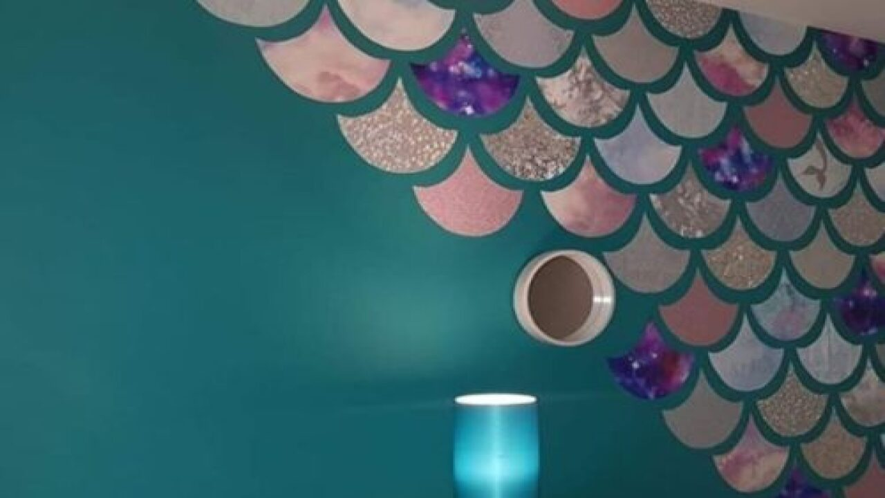 This Crafty Mom Made A Gorgeous Mermaid Wall Decoration Using Wallpaper Samples