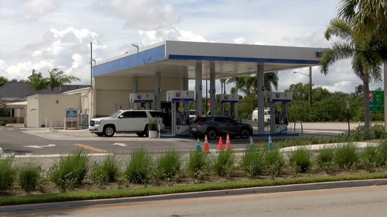 A woman was shot and killed Friday night during a robbery attempt at a Palm Beach Gardens gas station.