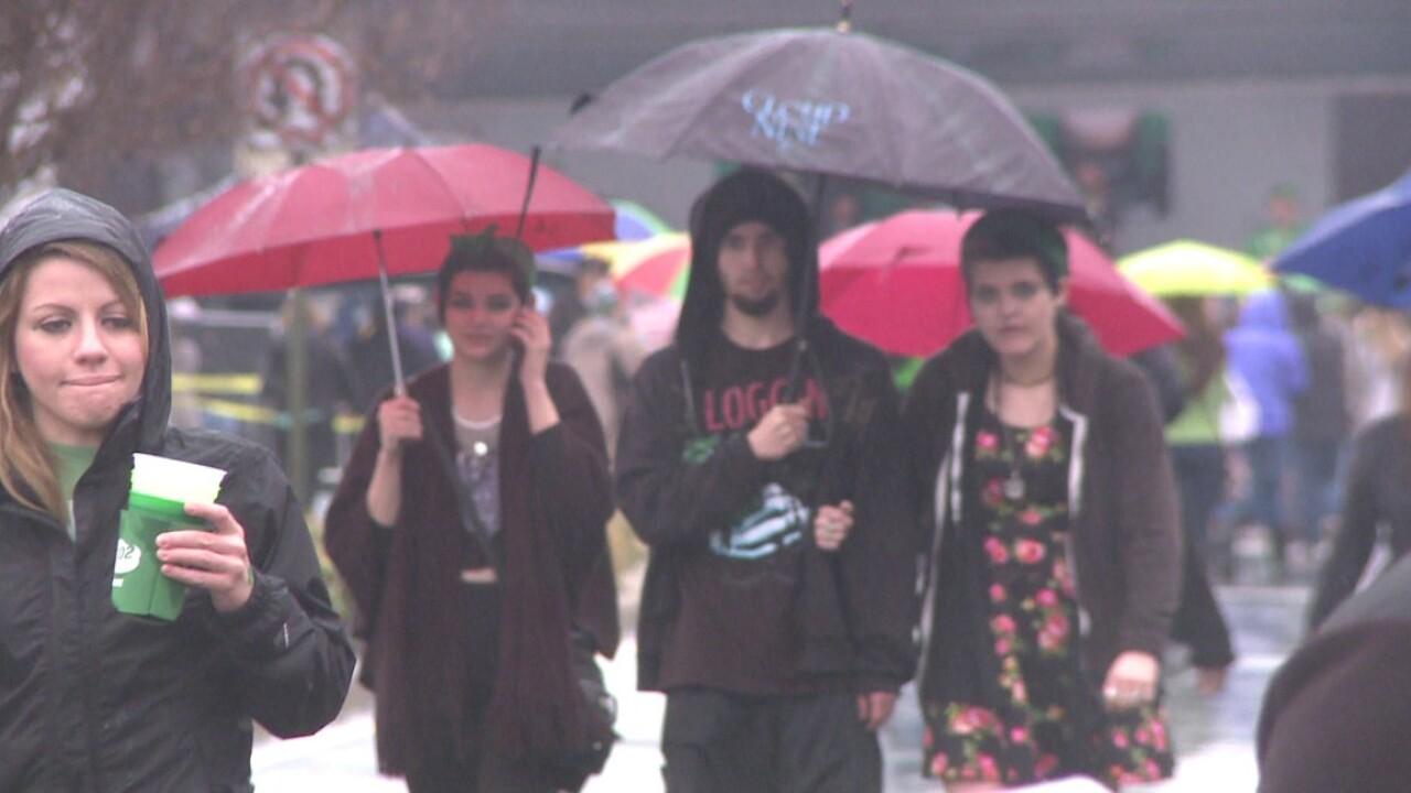 Rainy weather draws smaller crowd at Shamrock theBlock