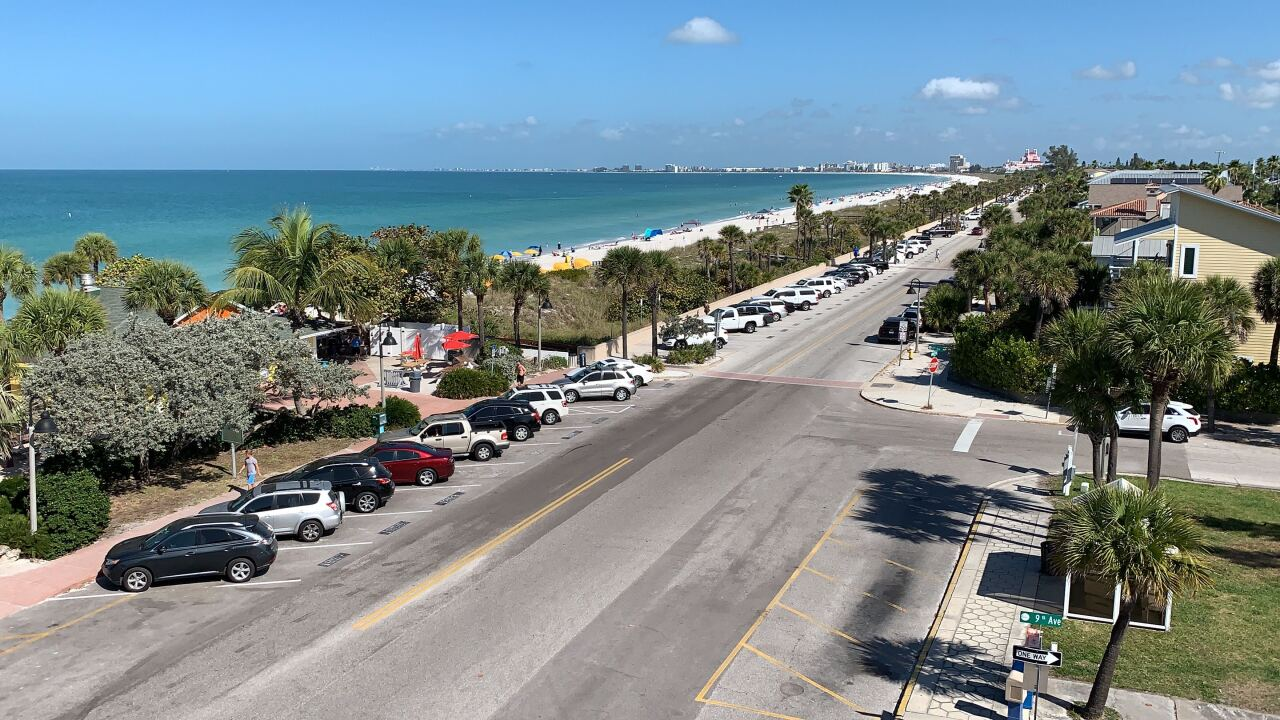 BEACH-SOCIAL-DISTANCING-CORONAVIRUS-FLORIDA-PINELLAS COUNTY-CLEARWATER-PARKING LOT-PARKING SPACE-caution-construction-closed-drone.jpg