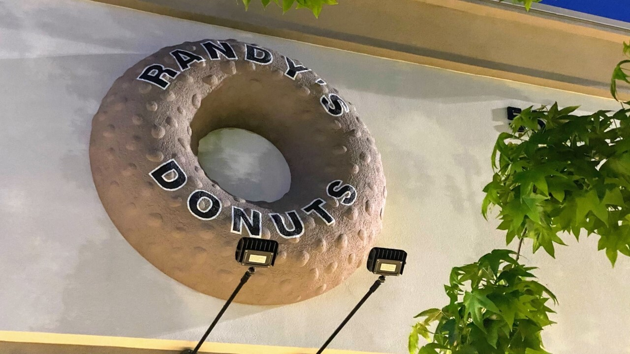 Randy's Doughnuts 2