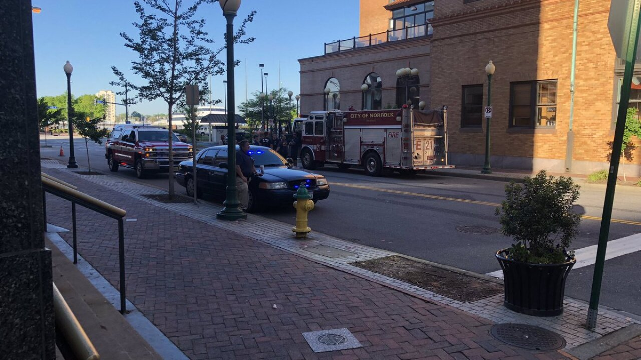Person in custody, traffic impacted after bomb threat at Norfolk's HiltonHotel