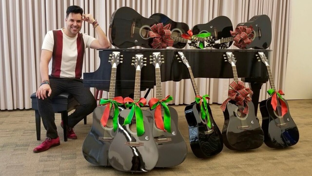 Frankie Moreno donates guitars to Nevada School of the Arts
