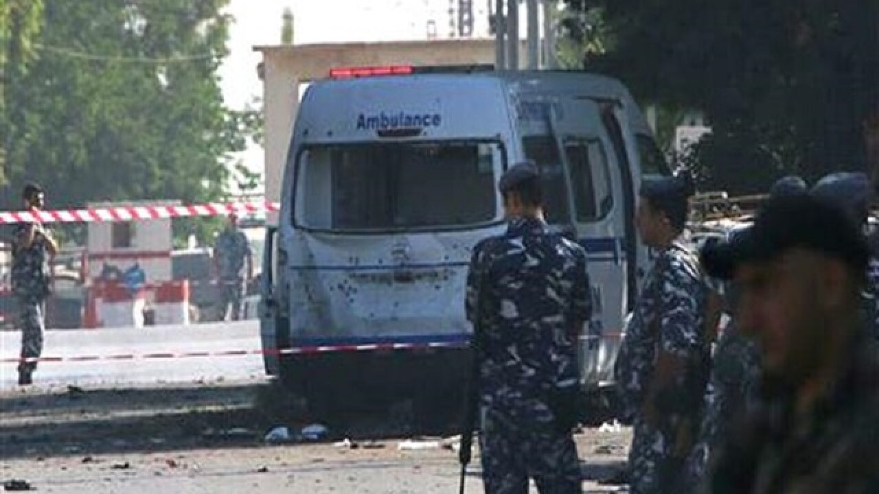 Suicide bombers kill 5 in eastern Lebanon, near Syria border