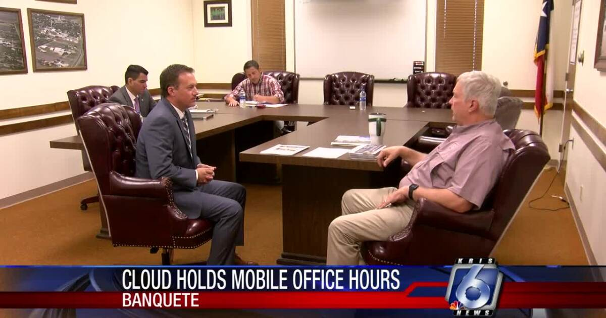 U.S. Rep. Cloud comes to Banquete