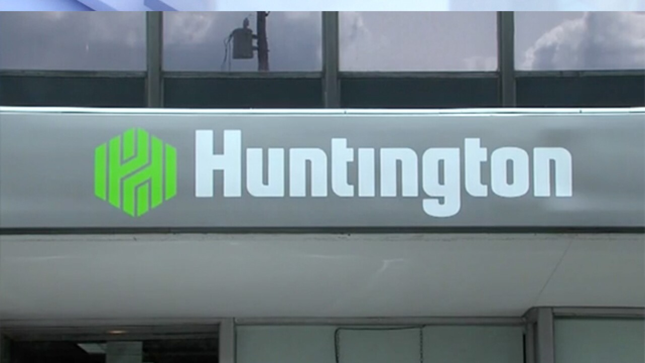 Huntington to keep headquarters and 1,200 jobs in Akron