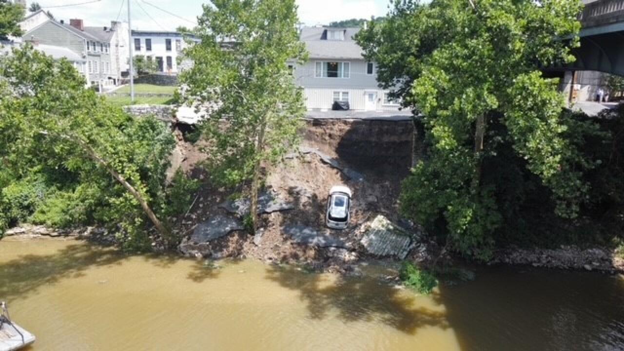 riverbankcollapse.jpg