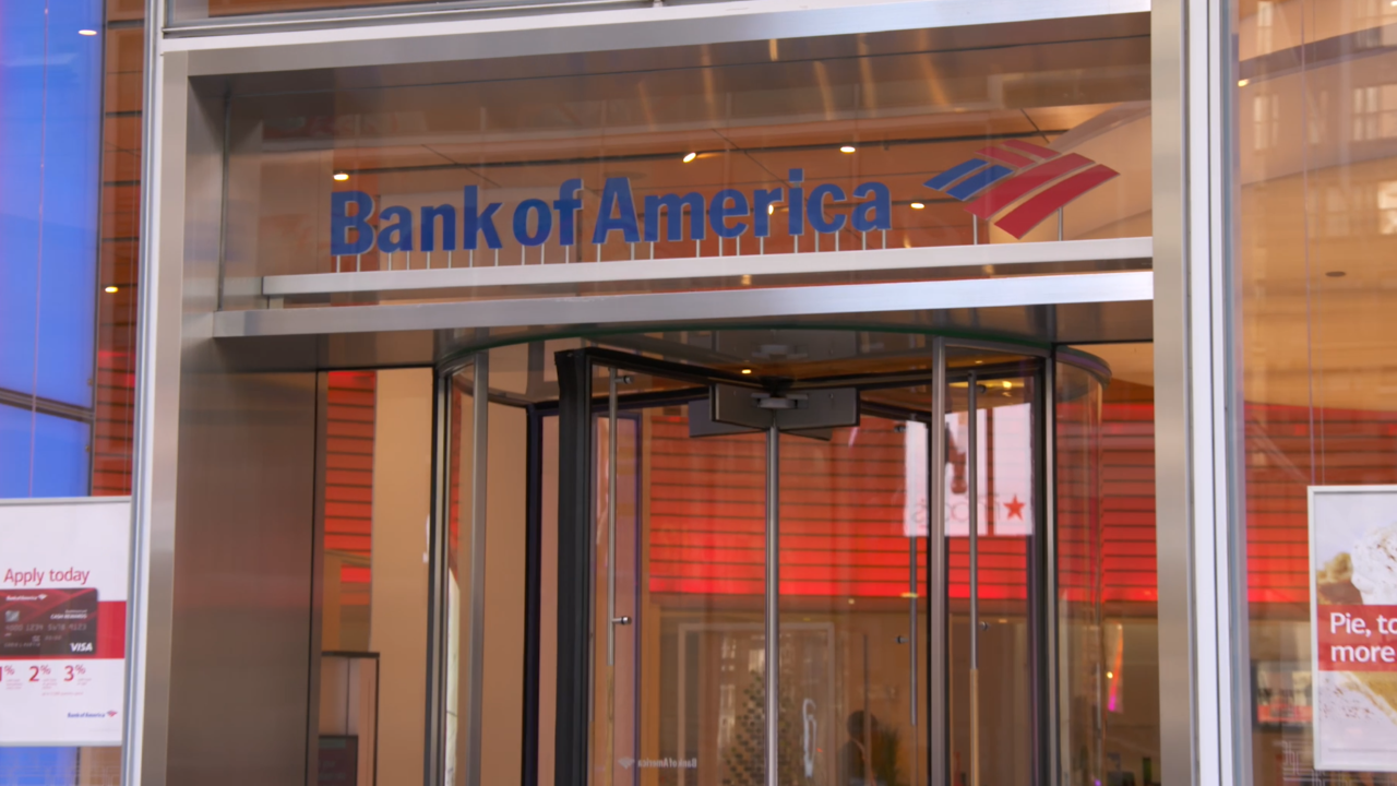 Bank of America latest company to raise base pay; job expert says it's necessary