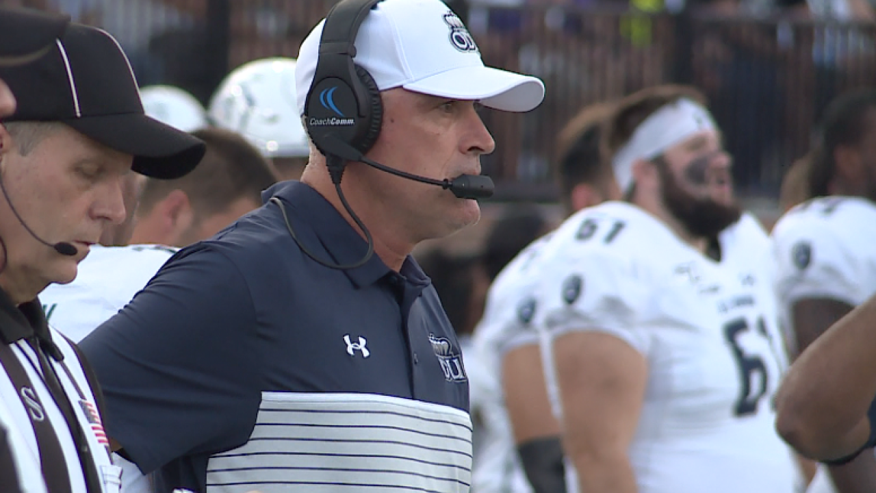 ODU football drops sixth straight game, loses to UAB, 38-14