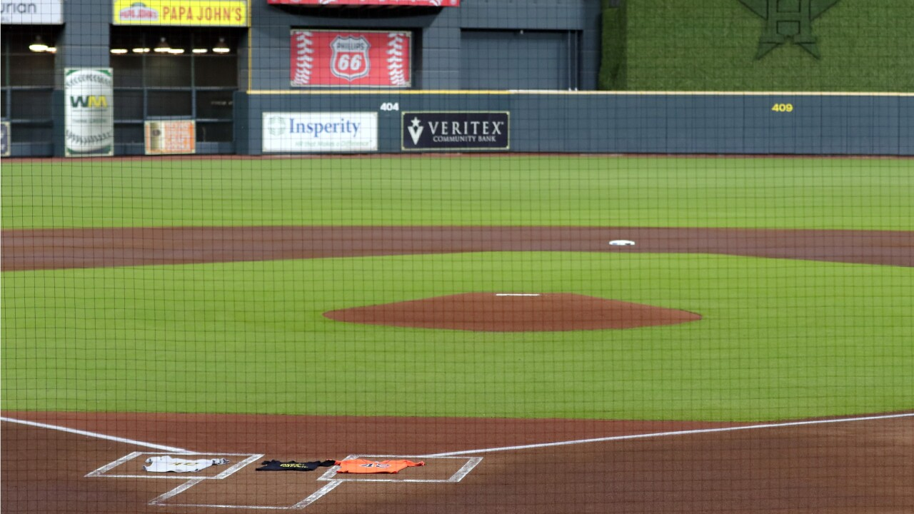 Astros walk off field