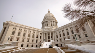Wisconsin Assembly to amend tax credit, holiday