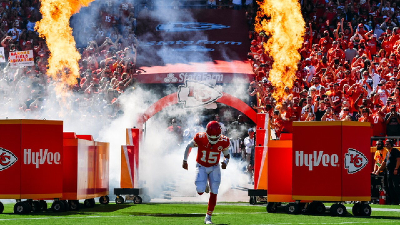 Chiefs QB Mahomes sets another NFL record